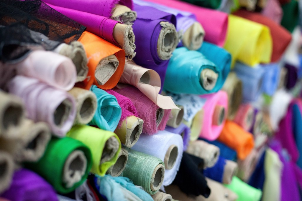 how to find good fabric supplier